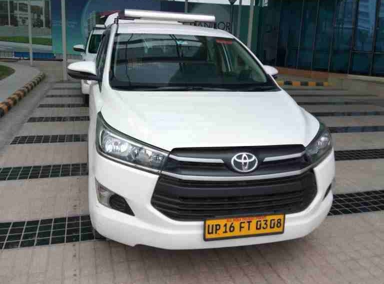 Innova for outstation Taxi rental